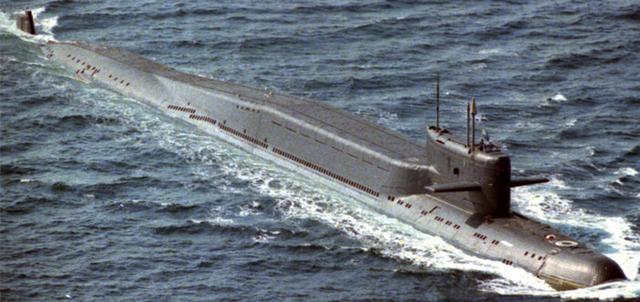"""美俄竞相改造战略核潜艇:变""""废物""""为新锐杀器"""