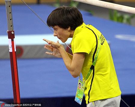 2010年,丘索维金娜以教练身份出现在广州亚运会