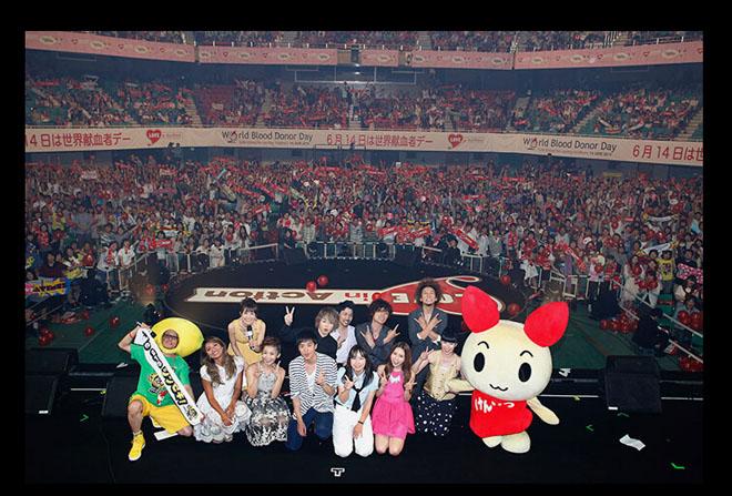 日本近年来的青年人献血率持续下降,所以请来当红偶像代言,并在献血日开演唱会
