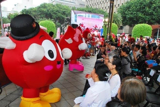 台湾地区的献血宣传活动,许多友好的精心设计都能增进大家对献血的了解,克服对未知的恐惧