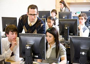 师资水平和条件,是中国职业教育重大短板