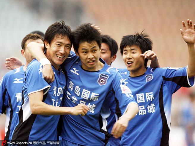 中能青训硕果累累,刘健(中)、姜宁(右)是杰出代表