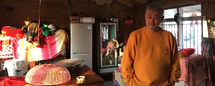 11月6日,赵本山正在为《乡村爱情8》赶拍一场重头戏。