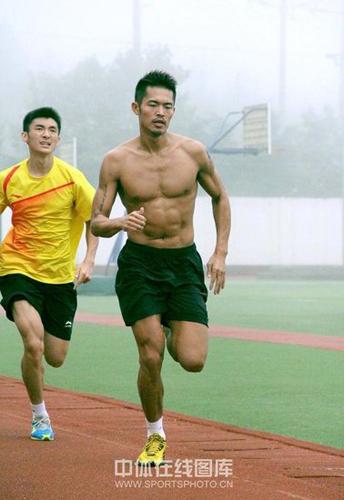 羽毛球运动员林丹差点为跑步代言