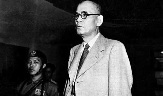 1948年末,冈村宁次在南京受审,旋即被无罪释放