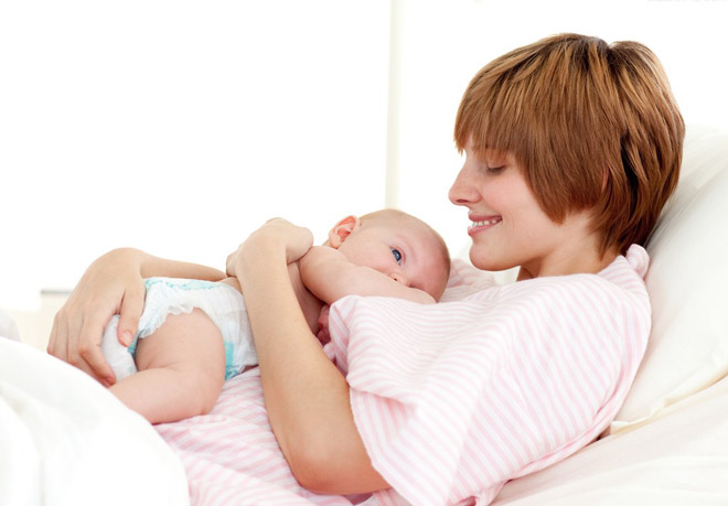 研究认为多次生育的妇女绝经后罹患乳腺癌的几率低,而中国妇女主动、被动的选择中,生育模式朝着相反的方向在发展