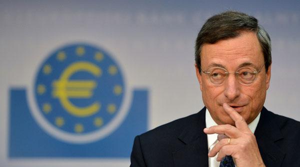 欧洲央行行长德拉吉,他推出的万亿欧元量化宽松改变了之前的欧元区货币政策