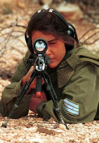 战场上的以色列女兵
