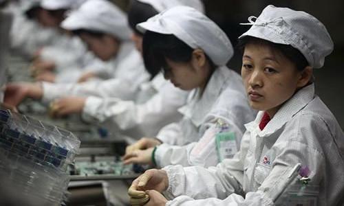 富士康生产线上的员工