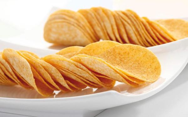 高油盐的薯片非常符合人们的口味