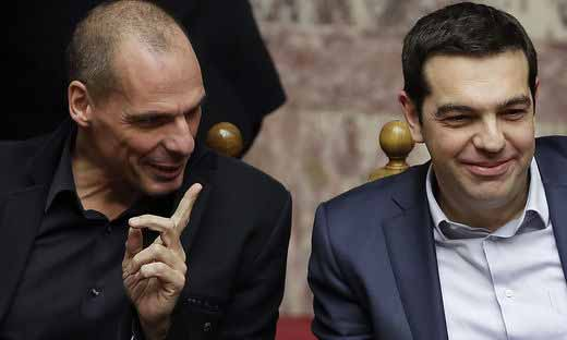 带领希腊抗击欧盟的新任总理齐普拉斯和财长瓦鲁法基斯