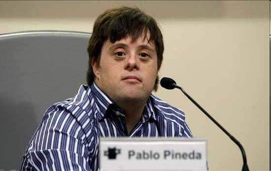 巴勃罗・皮内达(Pablo Pineda),第一个获得欧洲硕士学位的唐氏综合征患者