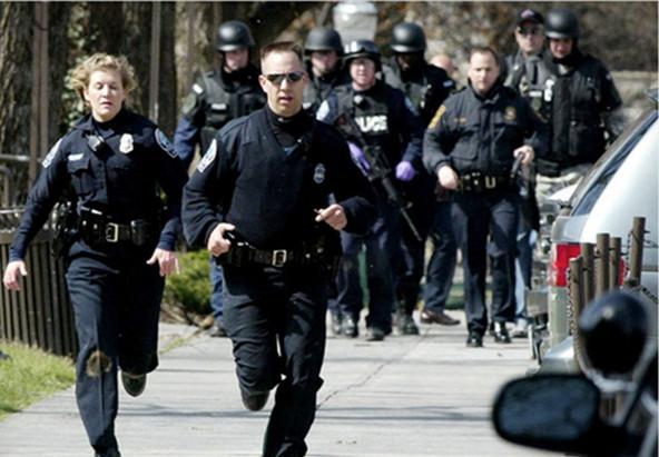 警察是事务类公务员的一种