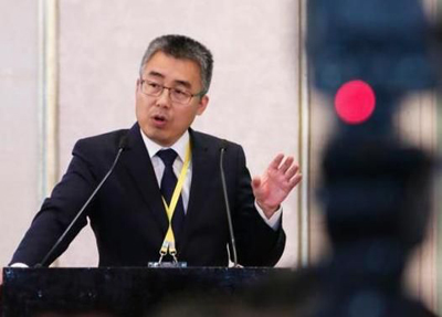 华人文化基金董事长黎瑞刚
