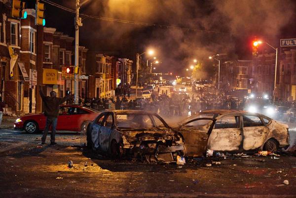 美国巴尔的摩发生了严重骚乱
