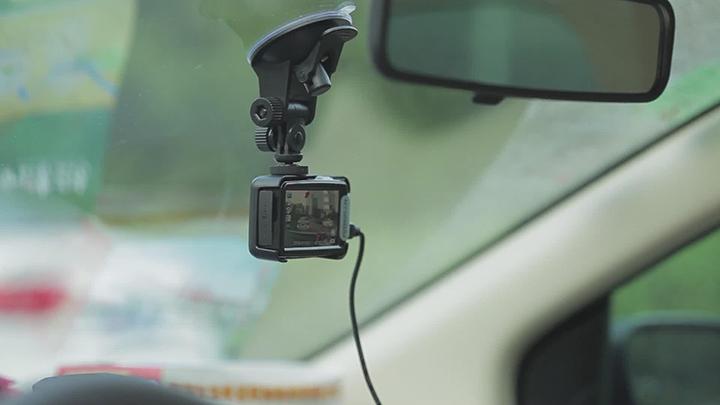 手机变身行车记录仪?最好别!