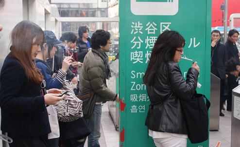 只在可以抽烟的地方抽烟,是日本烟民最大的规矩