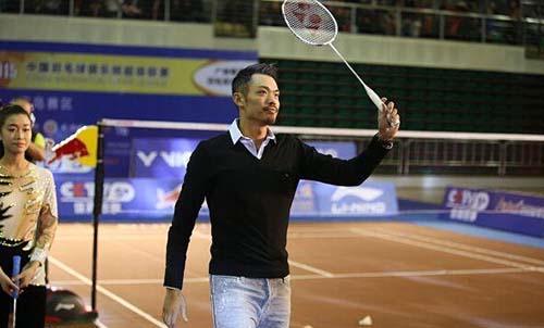 林丹出席羽毛球活动