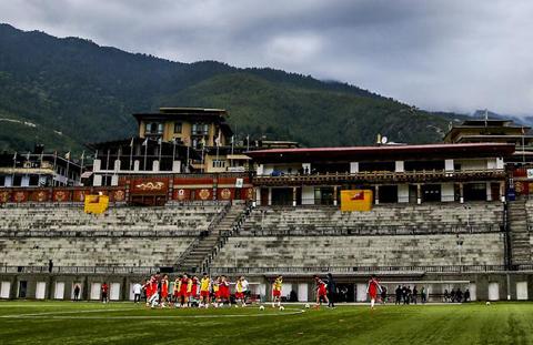 国足在世界上最幸福的球场备战