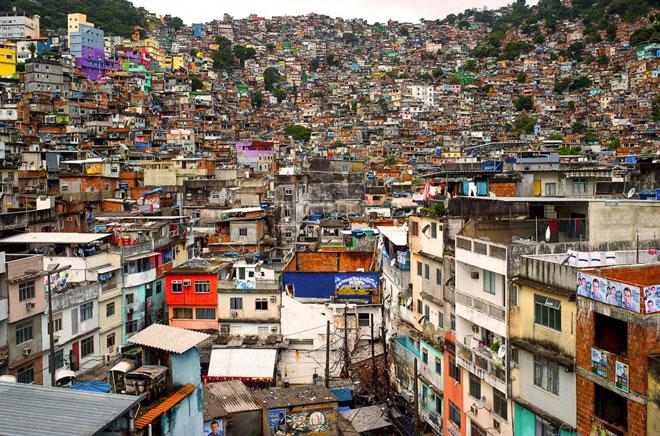 拉美国家的城市化很快,可社保体系根本跟不上