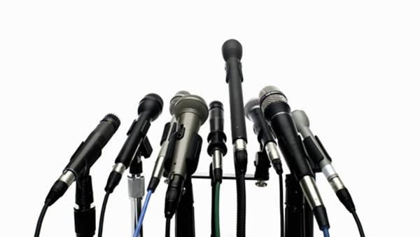 """一些学者认为向媒体曝光合法却也具有""""威胁""""的作用"""