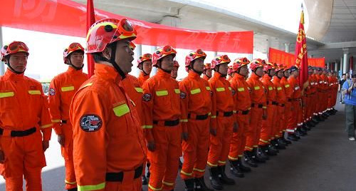 白云机场的合同制消防员学员