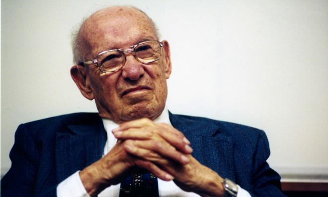 知名管理学大师德鲁克曾批评过双重领导的弊病