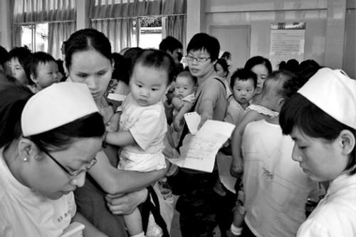 逃离儿科,远离儿科,是近年来很多儿科医生和临床医学生的共同选择
