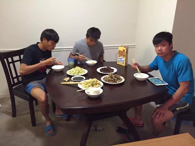 中国短跑队,大家像家人兄弟一般相处融洽