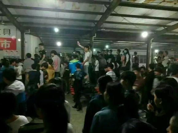 河南商丘永城三高学生砸食堂事件