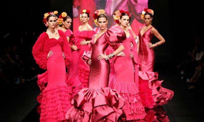 2012年2月2日,西班牙塞维利亚时装秀。