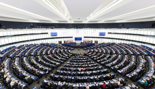 欧盟议会投票,对付畸形漫游费光靠市场不行