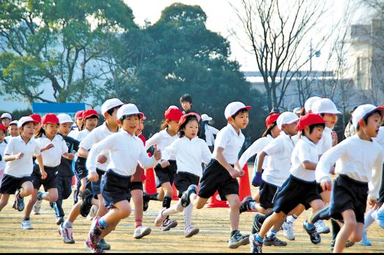 日本小学生的冬季耐力马拉松