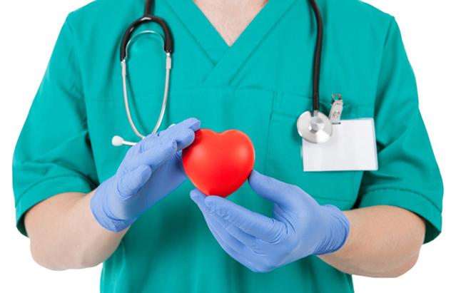 """破解""""血荒""""难题有很多办法,但是互助献血并不在其中"""