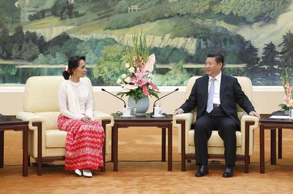 今年6月,国家主席习近平会见了来华访问的昂山素季