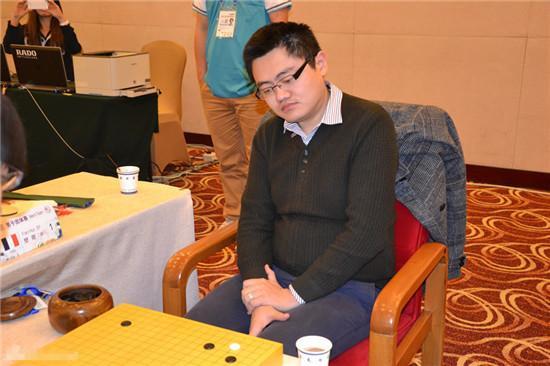 欧洲围棋冠军、职业二段樊麾