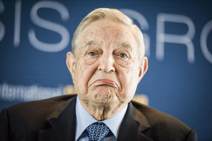 瑞士达沃斯2016世界经济论坛上,86岁高龄的索罗斯语惊四座:我已做空亚洲货币。