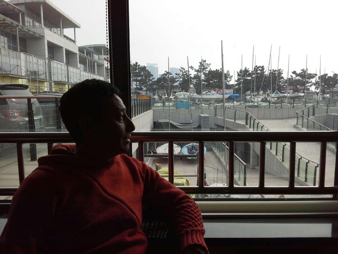 左文清现在的办公室坐落在奥帆基地内