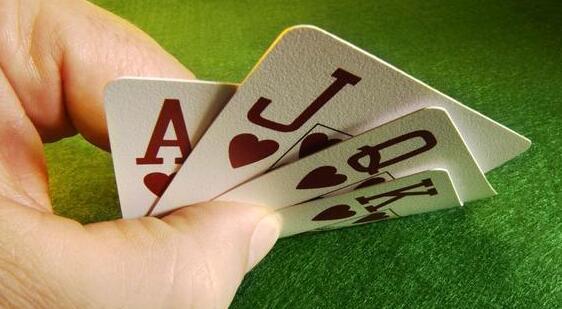 赌博类游戏,趣味性越少,越危险