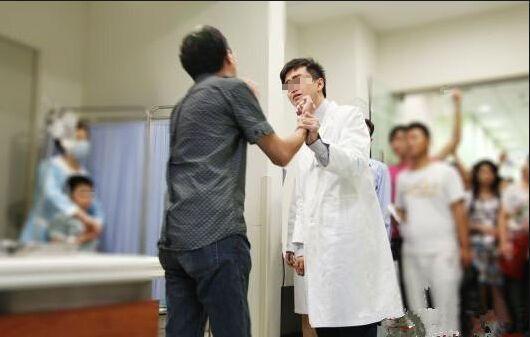 有时交了医疗责任险,医闹还是会上门