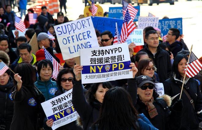 前不久,纽约华裔警员梁彼得误杀非裔青年案,就引发了华人对被歧视的强力声讨