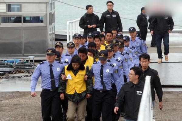 中国渔民刺死韩国警察,韩国海警严打中国渔民等事件,常常导致两国民众互相指责