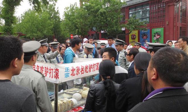 一个正面案例,西安城管规定不得阻挠现场监督(图/华商报)