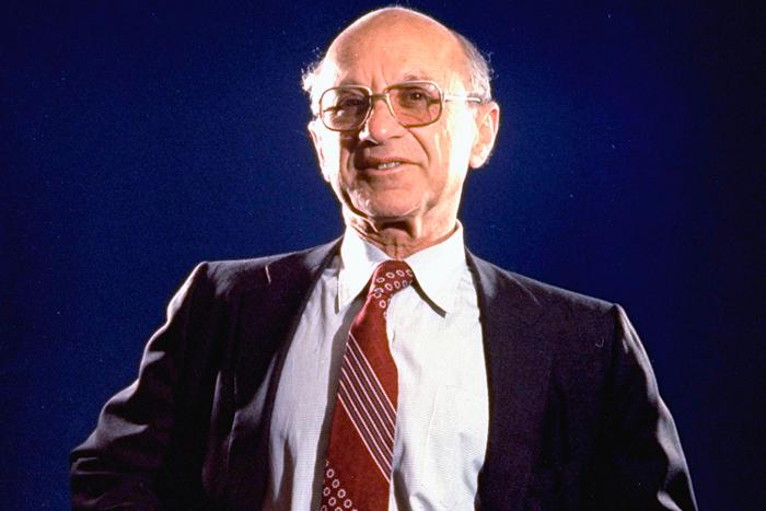 """偏右的自由市场主义经济学家米尔顿・弗里德曼,他1962年提出的""""负所得税""""可以算是""""UBI""""的一个早期版本"""