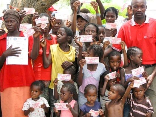 """非洲国家纳米比亚实行的""""基本收入""""计划受到不少好评"""