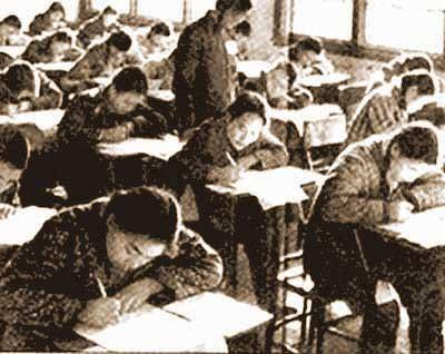 1977年恢复高考考场图片