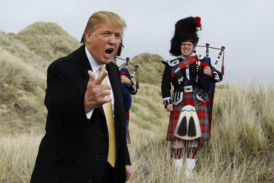 美国总统候选人特朗普正在英国苏格兰地区,他说他要见证自己的预言成真