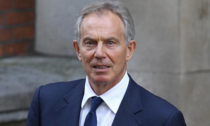 英国前首相托尼・布莱尔在脱欧结果出来后在纽约时报撰文,认为现在西方的政治制度运行出了大问题