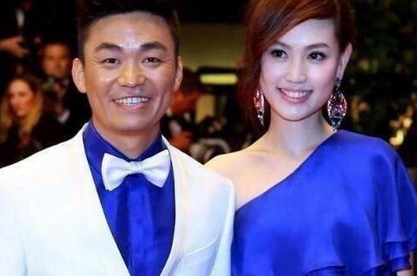 王宝强与妻子