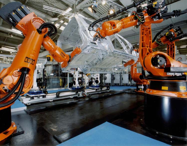 对工业机器人有着强烈需求的美的公司排除万难也要收购德国库卡公司这家名企